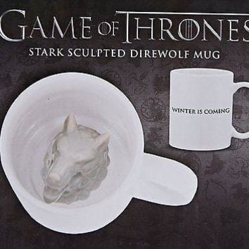 Dark Horse Deluxe: Game of Thrones - Stark Sculpted Direwolf Mug