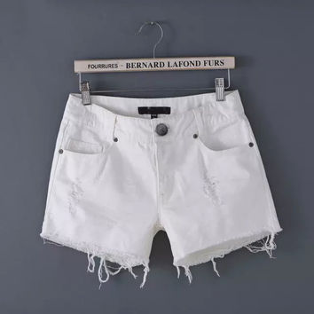 Denim White Frayed Zippered Shorts With Pockets