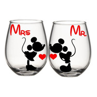 Mr And Mrs Mickey Wine Glass Set, Mickey And Minnie Wine Glasses, His And Her Wine Glasses, Disney Wine Glass, Cute Wine Glass