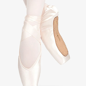 Shoes - Pointe Shoes | DiscountDance.com