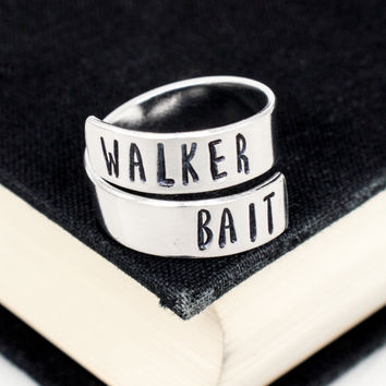 Walker Bait Ring - The Walking Dead - Zombies - Adjustable Aluminum Wrap Ring