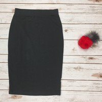 Basic Pencil Skirt: Charcoal