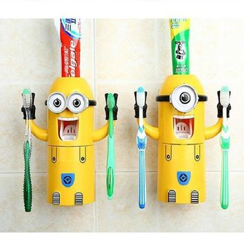 PEAPUNT 2016 newest Products Cute Minions Design Set Cartoon yellow doll Toothbrush Holder Automatic Toothpaste Dispenser toothpaste