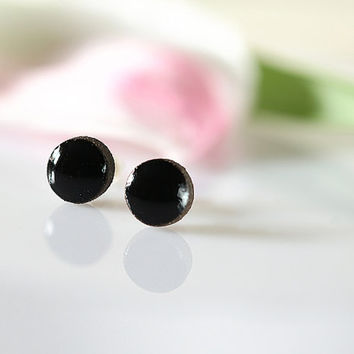 Black stud earrings Ceramic studs 8mm stud earrings Tiny stud earrings sterling silver Mini stud earrings Ceramics clay jewelry Black posts