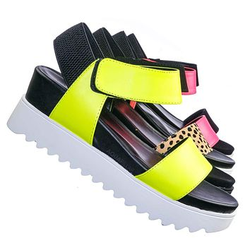 Aster Saw Edge Rubber Outsole Flatform Sandal - Shark tooth Threaded Outsole