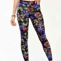Without Walls Radiant Roses Legging - Urban Outfitters