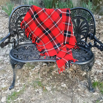 Faribo Red Acrylic Plaid Stadium Blanket Afghan Throw Faribault Woolen Mill Co.