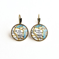 Wisconsin Map Earrings / Wisconsin Home / Home State Gifts / Stocking Stuffers for Women / Wisconsin Jewelry / Madison / Milwaukee / Sconnie