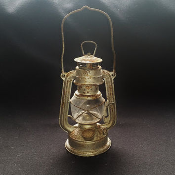 Vintage Oil Lamp, Old Rustic Paraffin Lantern, Hurricane Light, Wedding Decor, Hanging Lighting for Garden Patio. Rusty Outdoor Display.