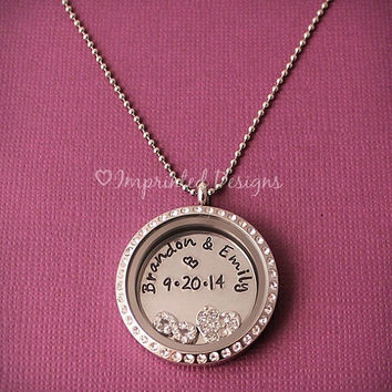 Couples Floating Locket / Anniversary Floating Locket / Names and Date Floating Charm Locket