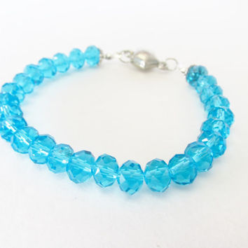 7.5 Inch Crystal Star Bracelet - Light Blue Crystal Bracelet - Magnetic Star Clasp Bracelet - Handmade Jewelry Accessories - Gifts for Her