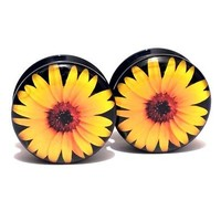 Pair Acrylic Ear Plugs Screw Fit Gauges Flesh Tunnels Earrings - Daisy Logo