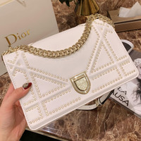 Dior Rivet capping badge shield buckle chain package single shoulder oblique span package Bag