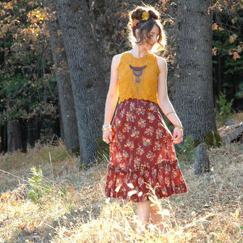 Size Small... 1970s Boho Floral Skirt... Gunne by AstralBoutique