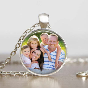 Personalized photo necklace, custom picture pendant, family photo jewelry, necklace with baby picture, insert your own photo jewelry, custom