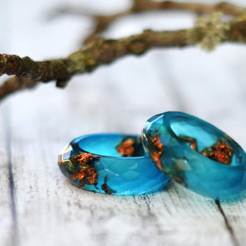 Aquamarine Copper Flakes Multifaceted Band Resin Ring Size 7.5, CopperLeaf Handmade Resin Jewelry
