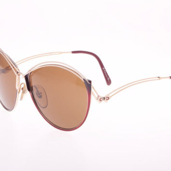 Christian Dior 2535 sz 57 Vintage 60s Cat eye sunglasses, precious and full of high quality details, 2 colors