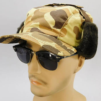 1980's Vintage / Elmer Fudd Hat / Duck Hunter Camo / Cabelas Hunting Cap / Fur Flap Ears / Winter Cap / Made in USA / 6-3/4 / Thinsulate