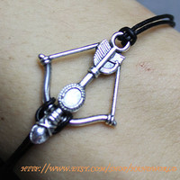 silvery arrow bracelet black leather bracelet women or men bracelet