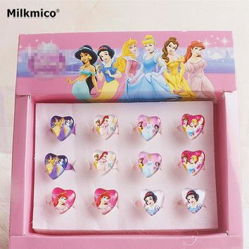 12pcs/Box Hot Sale Cartoon Princess KT Party Favors Sets ABS Plastic Kid Girls Jewelry Rings Sets party decoration Gifts