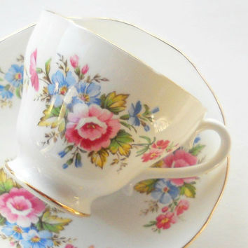 Vintage English China Royal York Footed Tea Cup and Saucer Set, Downton Abbey, Numbered 4757, Tea Parties, Bridesmaid Gift Inspired