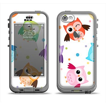 The Cartoon Emotional Owls with Polkadots Apple iPhone 5c LifeProof Nuud Case Skin Set