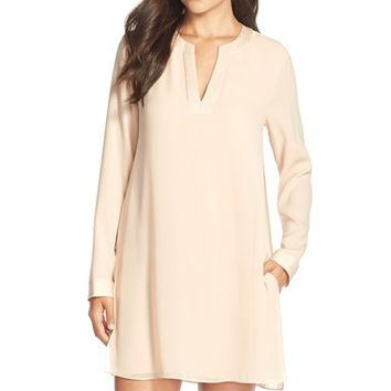 Women's BCBGMAXAZRIA 'Dyanne' Crepe Shift Dress,