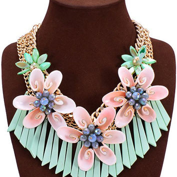 Artificial Crystal Shell Flower Pendant Necklace