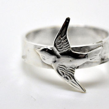 Sterling Silver Swallow Ring, Hammered Silver, Wide Silver Band, Animal Jewelry, Bird Ring