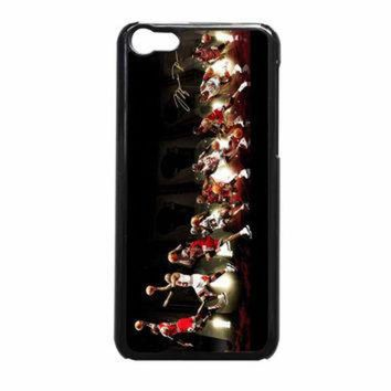 CREYUG7 Michael Jordan NBA Chicago Bulls Dunk iPhone 5c Case
