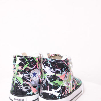 Toddler Black High Top Splatter Painted Converse Sneakers Toddler Size 7, Pastel Colors