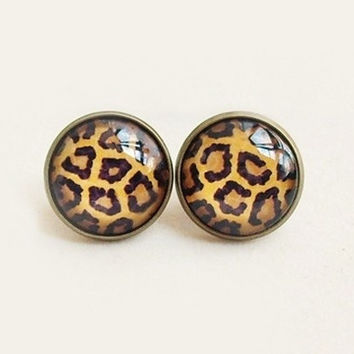 Handmade Vintage Leopard Gemstone Stud Earrings = 1946608196
