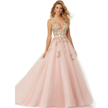 Floral Embroidered Tulle Ball Gown with Deep-V Neckline and Open Back Pom Dresses Long 2016 Vestido De Noche Formal Dress