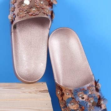 Bamboo Sequin Floral Applique Slide Sandal