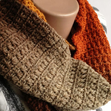 Crochet scarf Autumn day/ Crochet Warm scarf/ Wool crochet scarf/ Knit scarf/ Winter scarf/ Short crochet scarf/ Neck warmer/ Women scarf