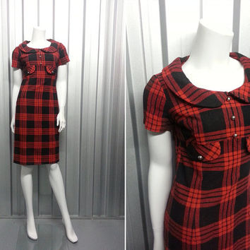 50s 60s Red Plaid Wiggle Dress Faux Pearl Beads Joan Mad Men Dress Sheath Dress Tartan Fabric Wool Dress Shift Dress Peter Pan Collar Knee