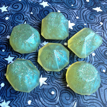 Aurora Borealis Holiday Soap Jewels - Natural Glycerin Soap, Cucumber Kiwi Scented - 6 Assorted Soap Jewels, Green Glitter Soap, Guest Soap