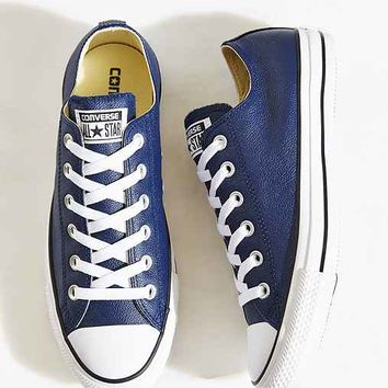 Converse Chuck Taylor All Star Seasonal Leather Sneaker