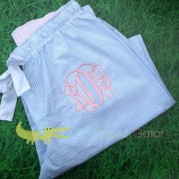 Monogrammed BLUE SEERSUCKER Pajama,Monogrammed Pajamas, Monogrammed Seersucker Pajamas in Blue Dorm Life-Graduation Gift-Bridal Party-
