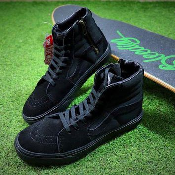 ONETOW VANS Camouflage Sk8 HI ZIP Triple Black Shoes