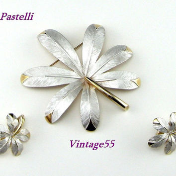 Vintage Brooch Leaf Earrings Frosted  Silver Gold by Pastelli