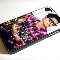 Bruno Mars Playing Guitar - Print on iPhone 4/4s Case - iPhone 5 Case - Samsung Galaxy S3 - Samsung Galaxy S4