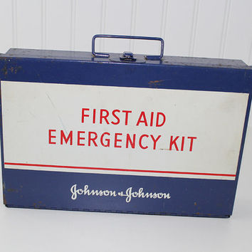 Vintage Metal First Aid Box