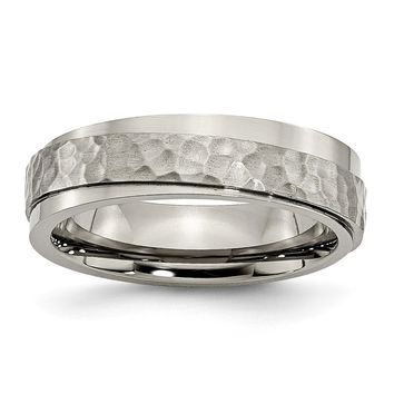 Grooved Edge Hammered Comfort Fit Ring in Titanium - 7 Mm