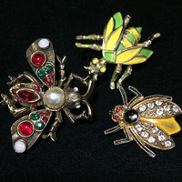 Rhinestone Bee Bug Scatter Pins Trio Enamel Faux Pearl Brooch Figural Insect Gold Tone  Mid Century Jewelry 618m