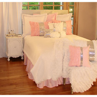 A Touch of Glamour Bedding