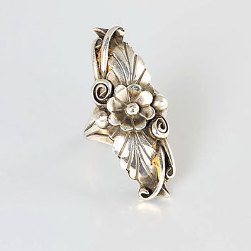 Sterling silver Navajo Flower Ring squash blossom size 5.5 , long ring signed BB