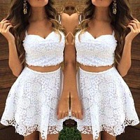 Cheap Free Shipping White Cocktail Dress 2 Pieces Short Cocktail Dresses Saudi Arabia Homecoming Dress Dynamic Women Short Dress