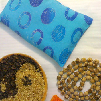 Eye pillow, blue batik cotton. Organic rice and buckwheat meditation eye pillow. Yoga teacher gift. Yoga or Massage studio supplies.