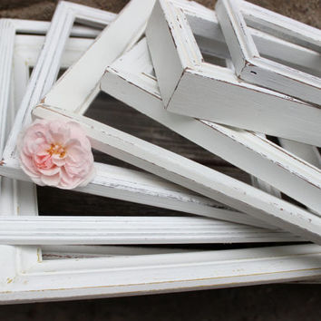 Open Frame Gallery for Wall Decor and Wedding Decoration , Vintage Distressed Shabby Chic Style Picture Frame